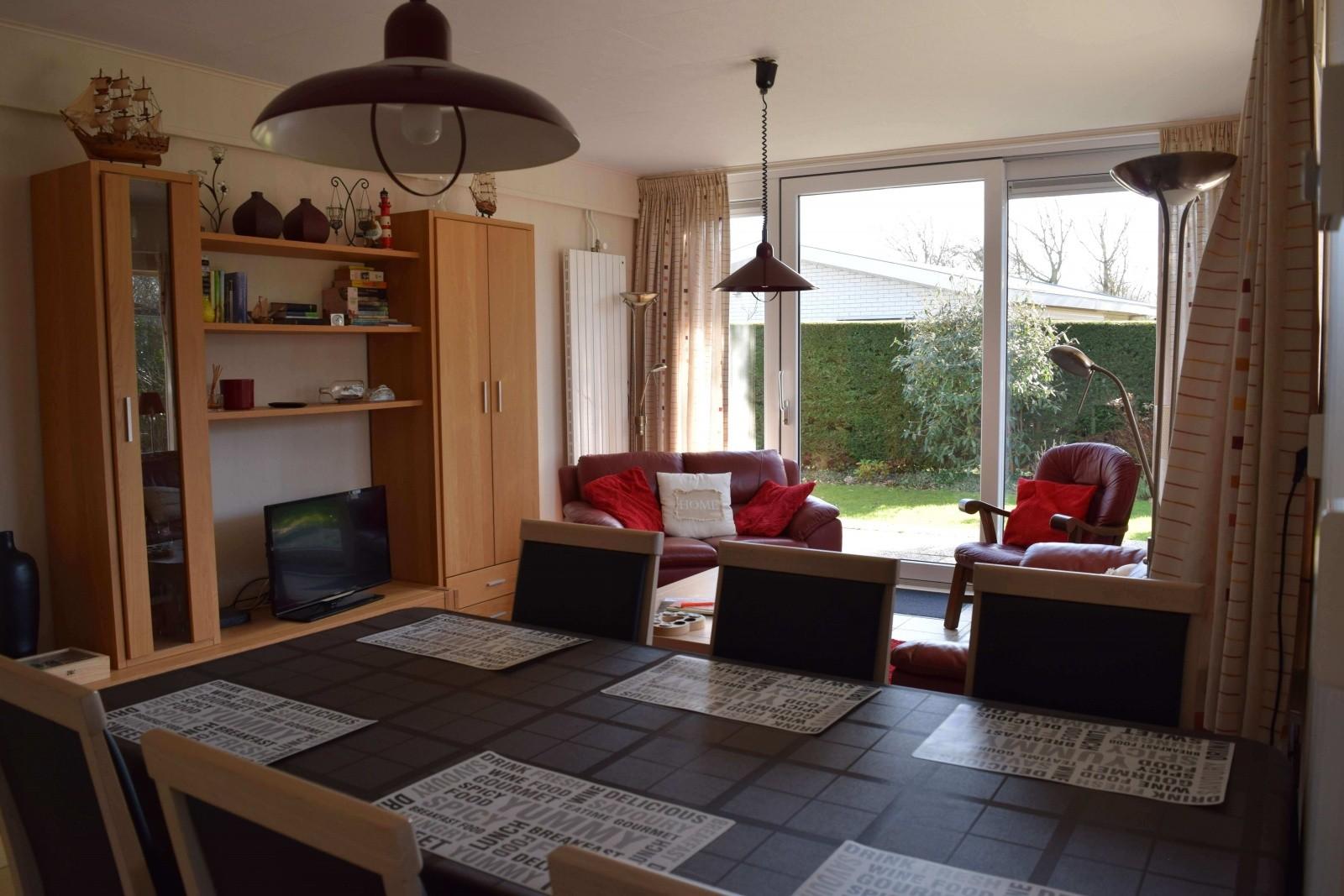Woonkamer | Vakantiebungalow Joossesweg 65, Westkapelle
